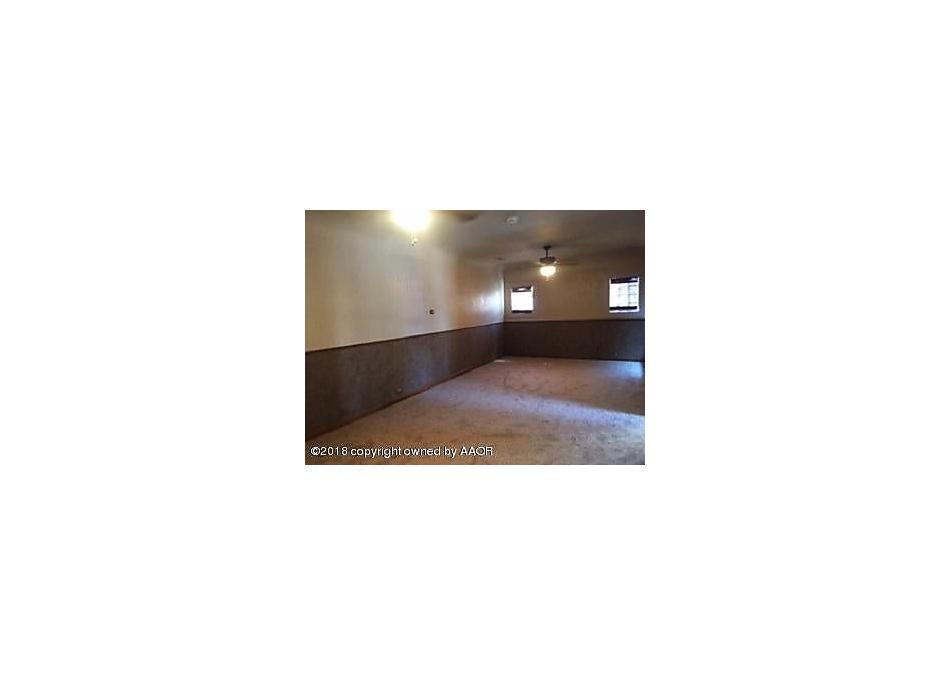 Photo of 709 Amherst Str Perryton, TX 79070