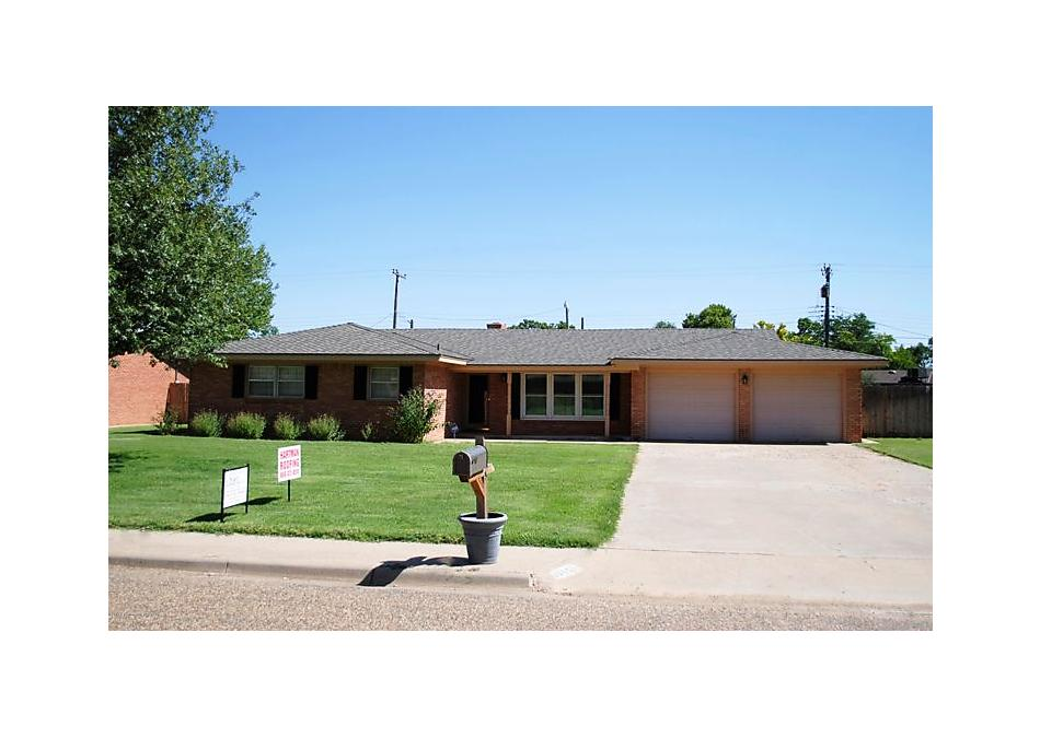 Photo of 705 W Cleveland St Dimmitt, TX 79027