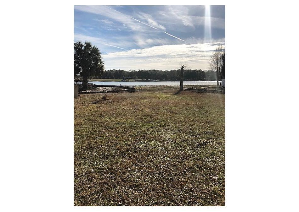 Photo of 138 Parkin Road Pomona Park, FL 32181