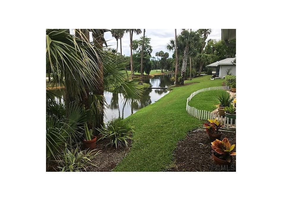 Photo of 18 N Lake Forest Ct Palm Coast, FL 32137