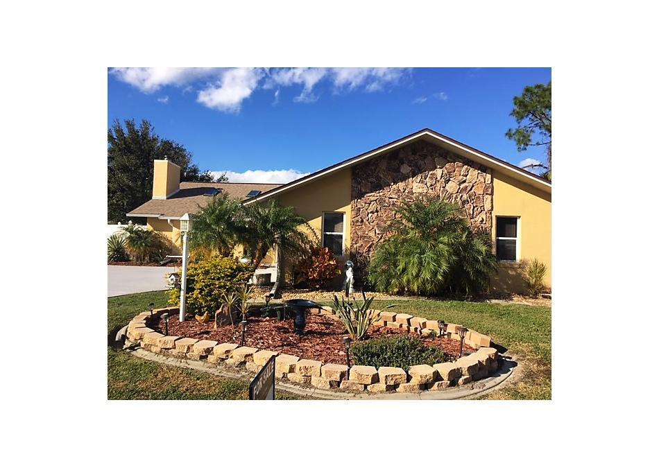 Photo of 10 Carollo Court Palm Coast, FL 32137
