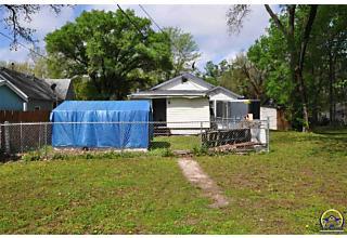 Photo of 1308 Nw Taylor St Topeka, KS 66608