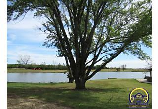 Photo of 8321 Sw Huntoon St Topeka, Kansas 66615