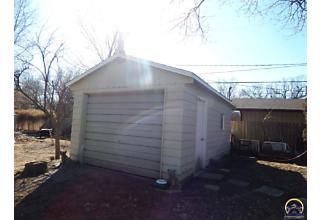 Photo of 4509 Sw 21st St Topeka, KS 66604