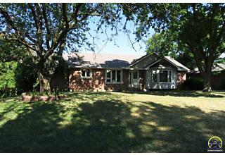 Photo of 3319 Sw Dukeries Rd Topeka, Kansas 66614