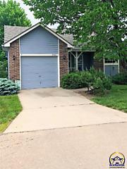 Photo of 3560 Sw Willow Brook Dr Topeka, KS 66614