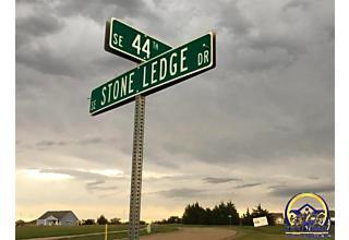 Photo of 00 Se Stone Ledge Ct Topeka, KS 66609