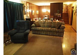 Photo of 637 Delaware Dr Ozawkie, KS 66070