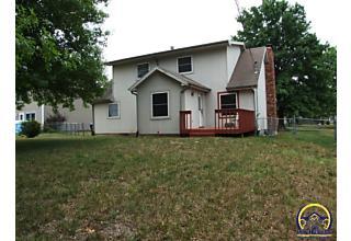 Photo of 2831 Sw Bingham Rd Topeka, KS 66614