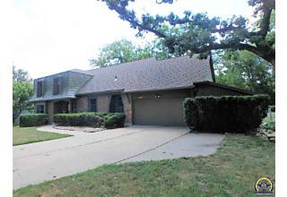 Photo of 3317 Sw Randolph Ave Topeka, KS 66611