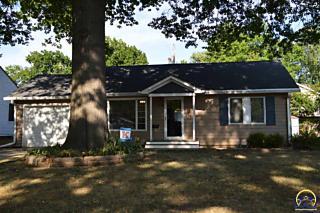 Photo of 1038 Sw Parkview St Topeka, KS 66604
