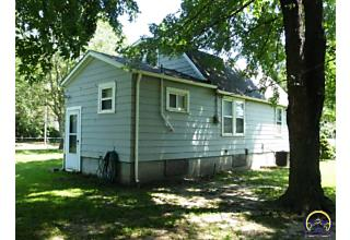 Photo of 2006 Ne Florence Ave Topeka, KS 66616