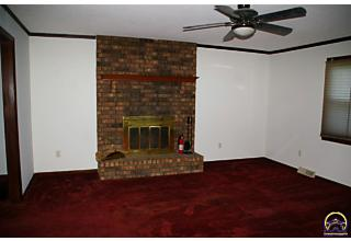 Photo of 24087 Loring Rd Lawrence, KS 66044