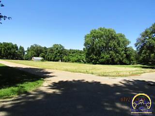 Photo of 1420 Ne Forest Ave Topeka, KS 66616