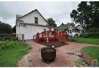 Photo of 1184 Sw Wayne Ave Topeka, KS 66604