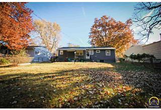 Photo of 3109 Sw Mcclure Rd Topeka, KS 66614
