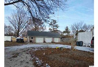 Photo of 602 E Wood Camp Point, IL 62320