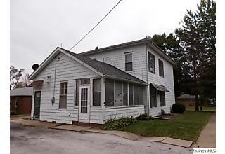 Photo of 901 Main Street Carthage, IL 62321