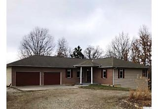 Photo of 1414 Ehrhardt Rd Quincy, IL 62305