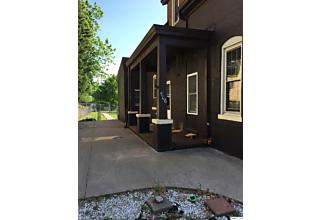 Photo of 506 Washington Street Quincy, IL 62301