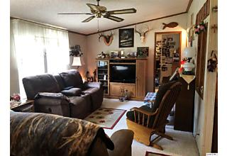 Photo of 1019 085n Ave. Versailles, IL 62378