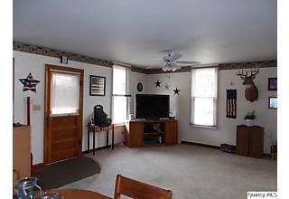 Photo of 36 Prairie Avenue Carthage, IL 62321