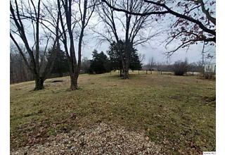 Photo of 2400 Longlett Drive Quincy, IL 62305