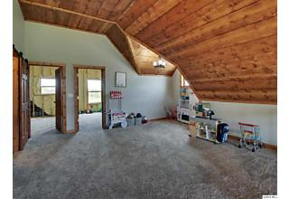 Photo of 469 E 750 St Mt. Sterling, IL 62353
