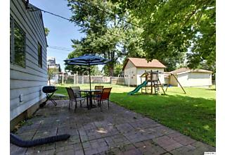 Photo of 837 S 14th St Quincy, IL 62301