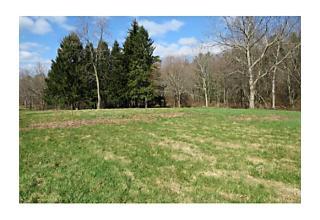 Photo of 28 B Circle Drive Hatfield, Massachusetts 01038
