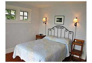 Photo of 94 Menemsha Inn Rd,CH210 Chilmark, Massachusetts 02535
