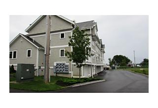 Photo of 58 Saint John St. Dartmouth, Massachusetts 02748
