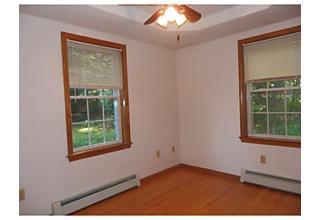 Photo of 162 Lord Road Templeton, Massachusetts 01468