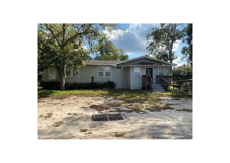 Photo of 704 N Lake St Starke, FL 32091
