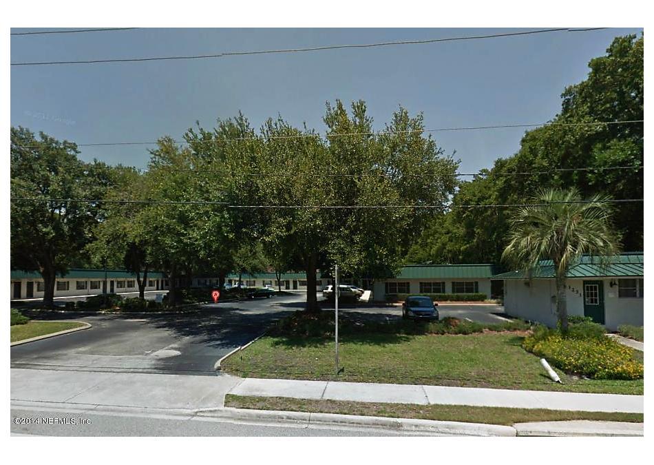 Photo of 1279 Kingsley Ave Orange Park, FL 32073