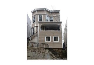 Photo of 366   Ashburton Avenue Yonkers, NY 10701