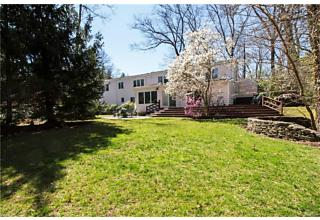 Photo of 8   Murdock Road Scarsdale, NY 10583