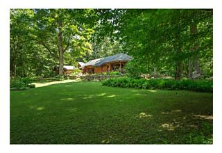 Photo of 26 Victoria Way Holmes, NY 12531
