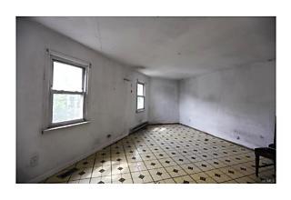 Photo of 4   Oak Street Brewster, NY 10509