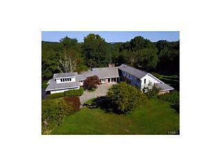 Photo of 7 Ironwood Lane Rye, NY 10580