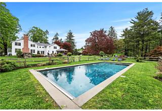 Photo of 9 Great Hill Farms Road Bedford, NY 10506