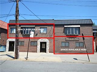 Photo of 3853 East Tremont Avenue Bronx, NY 10465