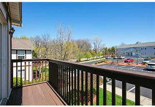 Photo of 554 East Crooked Hill Road Pearl River, NY 10965