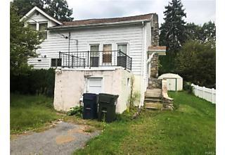 Photo of 211 Oak Road Mahopac, NY 10541