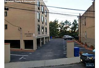Photo of 9 Columbia Terrace Edgewater, NJ