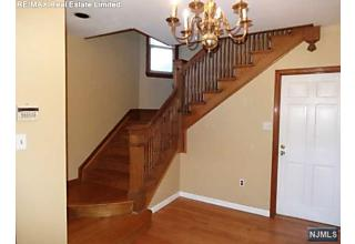 Photo of 447 Queen Anne Road Teaneck, NJ