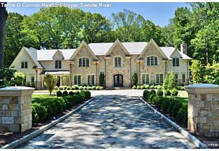 Photo of 64 Oak Road Saddle River, NJ