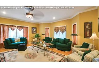 Photo of 825 Hillside Avenue Franklin Lakes, NJ
