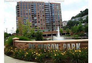 Photo of 1026 Hudson Park Edgewater, NJ