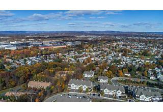 Photo of 15 Summit Drive North Caldwell, NJ